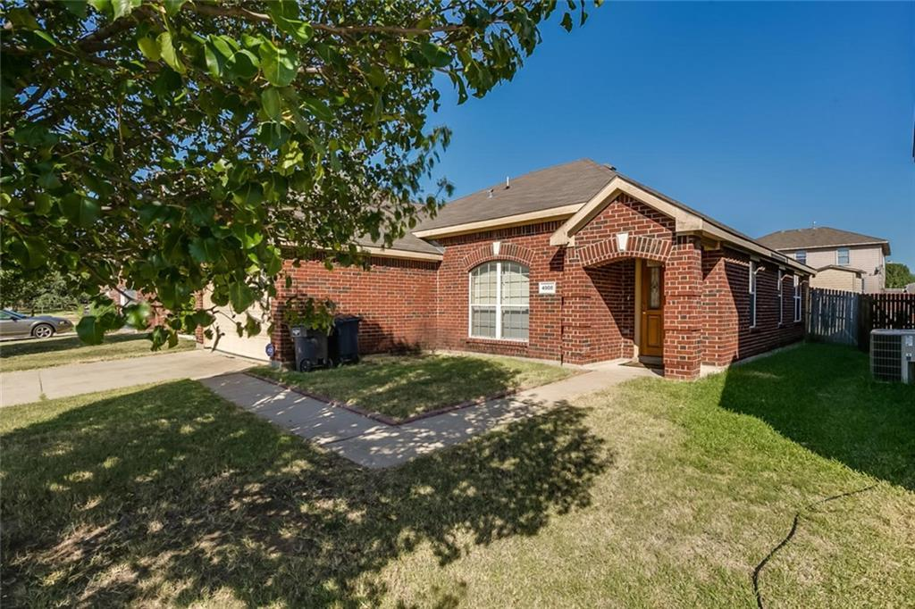 Sold Property | 4908 Palm Ridge Drive Fort Worth, Texas 76133 2