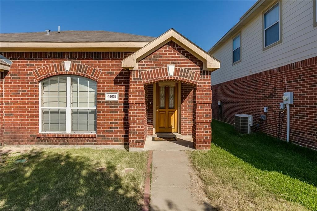 Sold Property | 4908 Palm Ridge Drive Fort Worth, Texas 76133 4