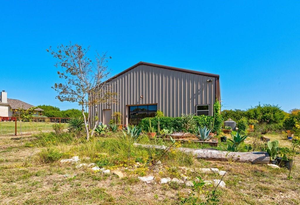 Active | 250 Quarterhorse  Drive Liberty Hill, TX 78642 20