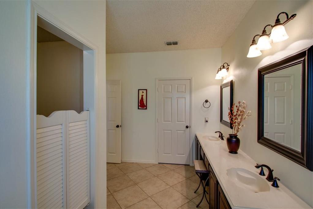 Sold Property   2608 Country Creek Lane Fort Worth, Texas 76123 25