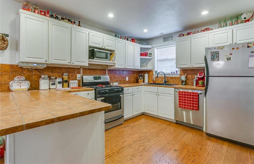 Sold Property | 433 Douglas Street Burleson, Texas 76028 10
