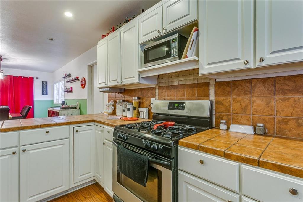 Sold Property | 433 Douglas Street Burleson, Texas 76028 12