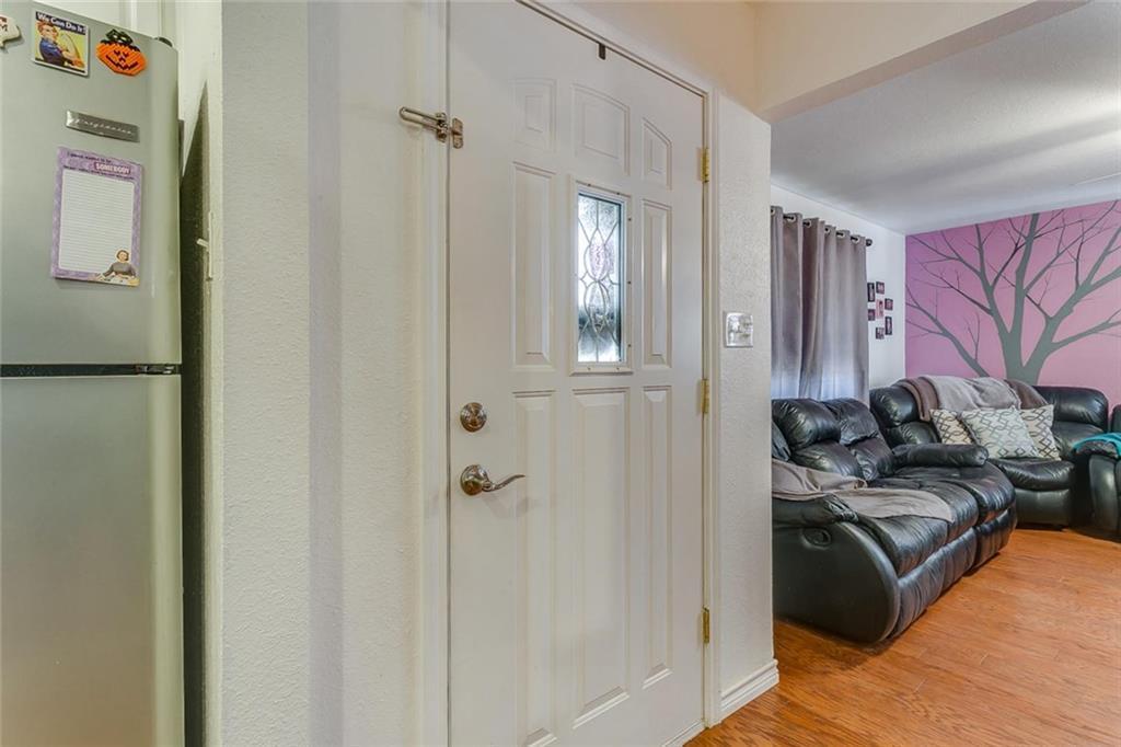 Sold Property | 433 Douglas Street Burleson, Texas 76028 4