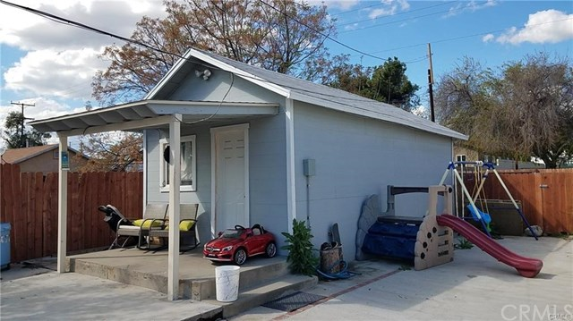 Closed | 557 E Sunkist  Street Ontario, CA 91761 1