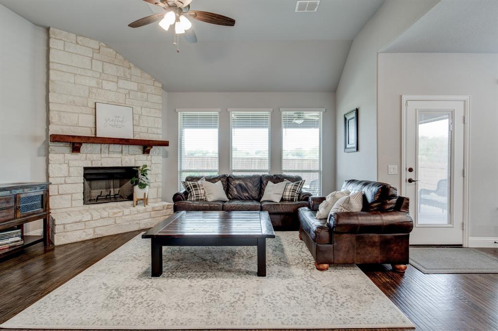 Active Option Contract | 1005 Sagewood  Drive Justin, TX 76247 11