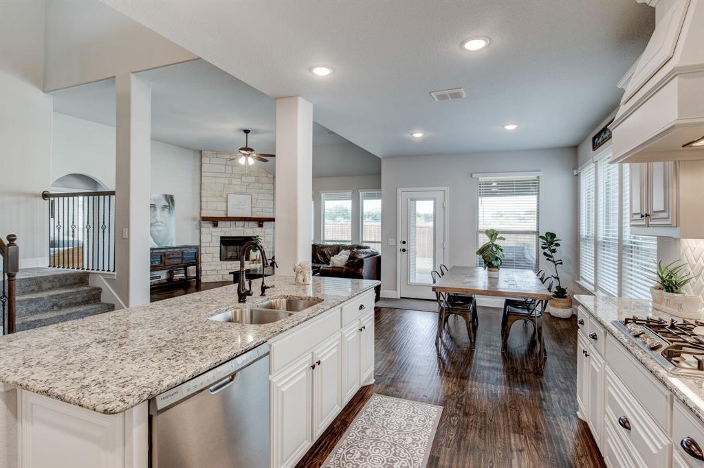 Active Option Contract | 1005 Sagewood  Drive Justin, TX 76247 7