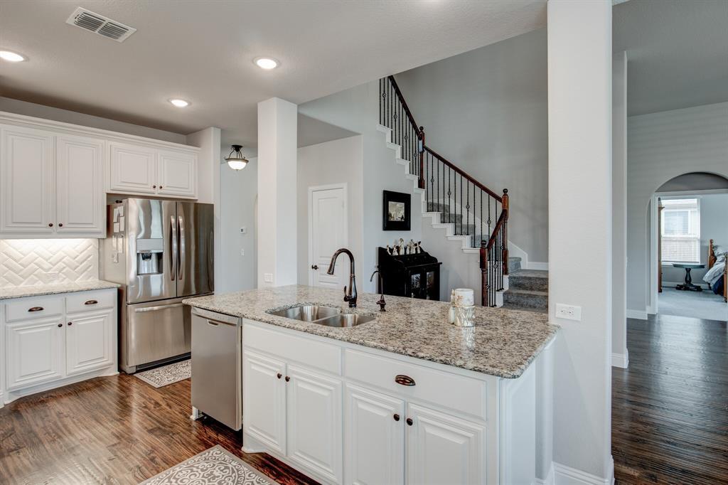 Active Option Contract | 1005 Sagewood  Drive Justin, TX 76247 8