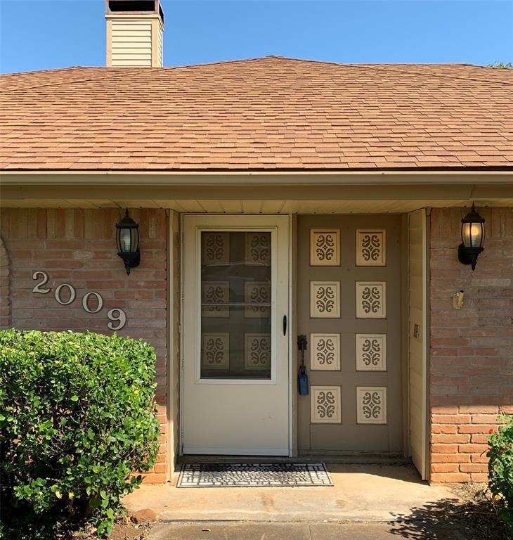 Active   2009 Laughlin  Court Arlington, TX 76012 3