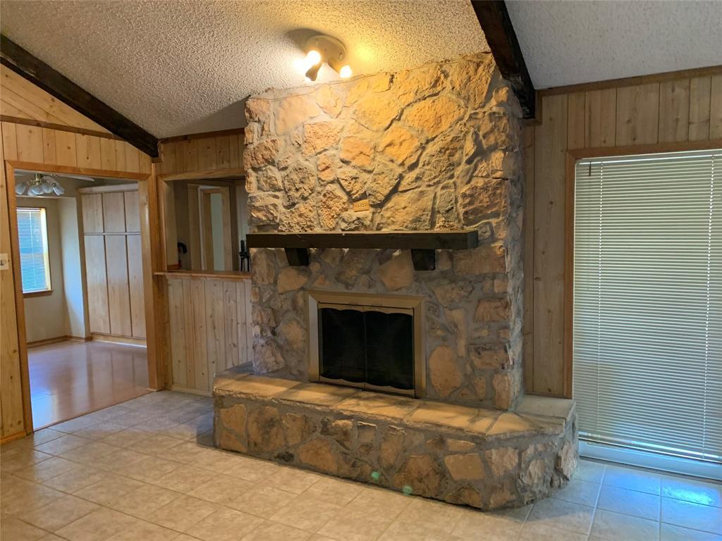 Sold Property | 2009 Laughlin  Court Arlington, TX 76012 4