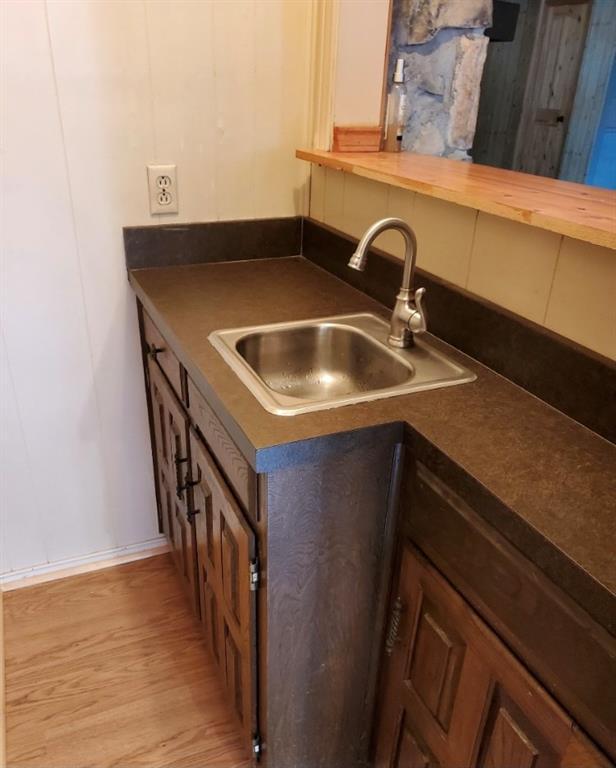 Sold Property | 2009 Laughlin  Court Arlington, TX 76012 5