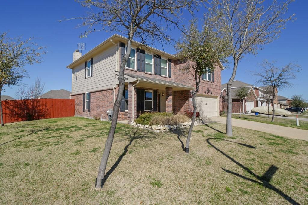 Sold Property | 7101 Little Mohican Drive Fort Worth, Texas 76179 1