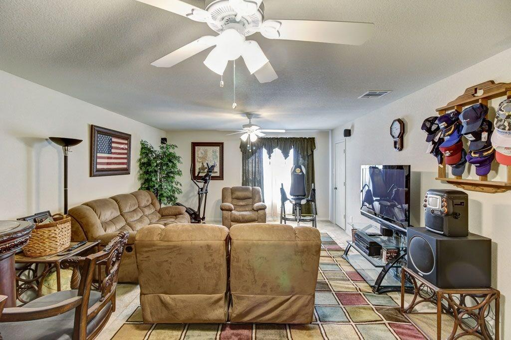 Sold Property | 7101 Little Mohican Drive Fort Worth, Texas 76179 9
