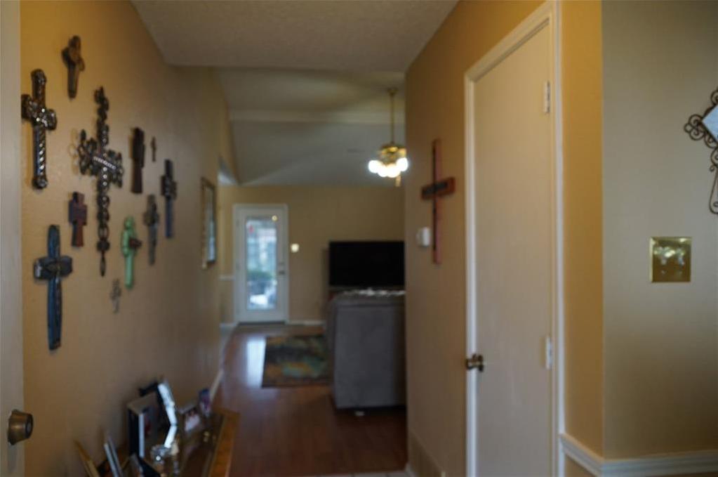 Sold Property | 1221 Nicole Way Fort Worth, Texas 76028 3