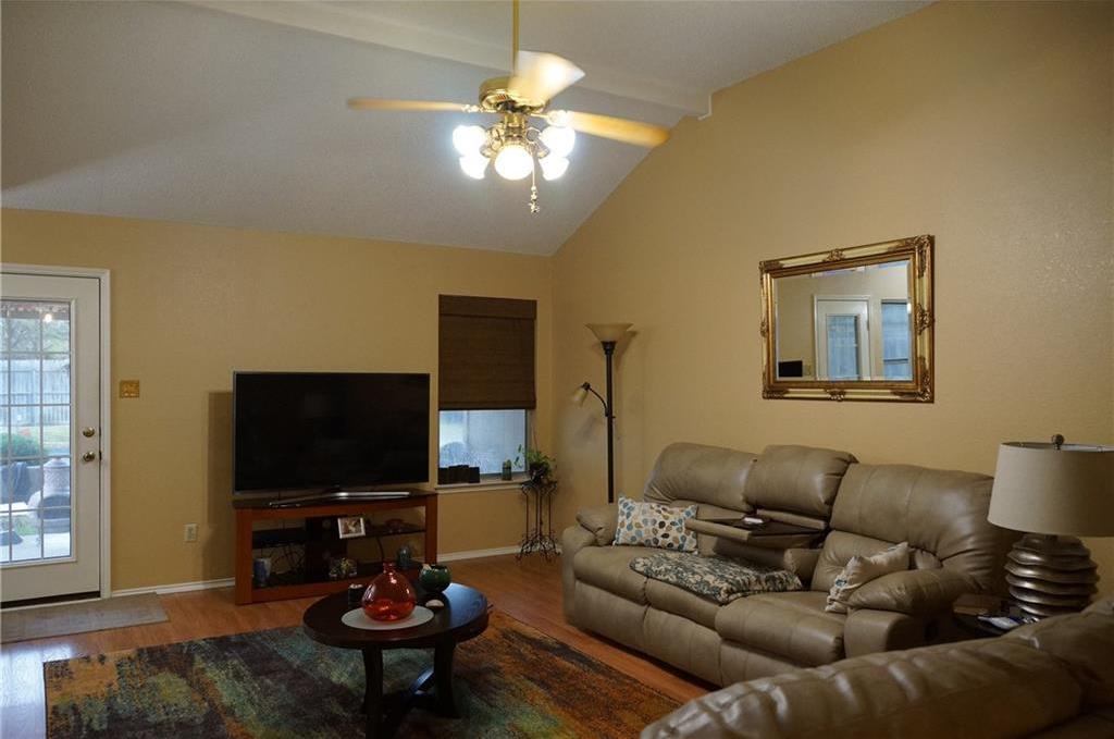 Sold Property | 1221 Nicole Way Fort Worth, Texas 76028 4
