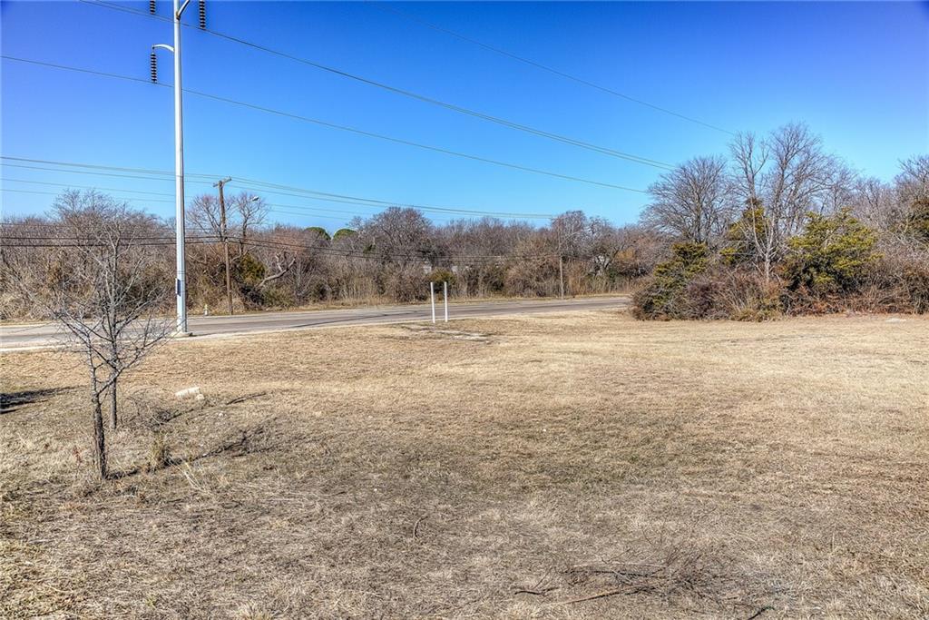 Active | 9711 Lake June Road Dallas, Texas 75217 30