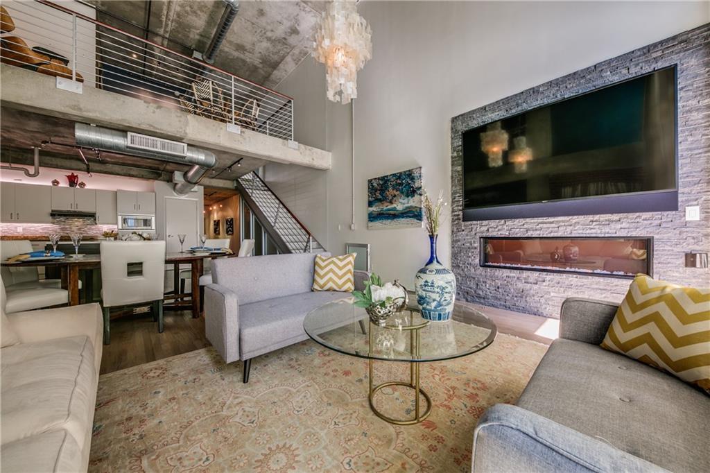 Sold Property   2011 Cedar Springs Road #104 Dallas, Texas 75201 3