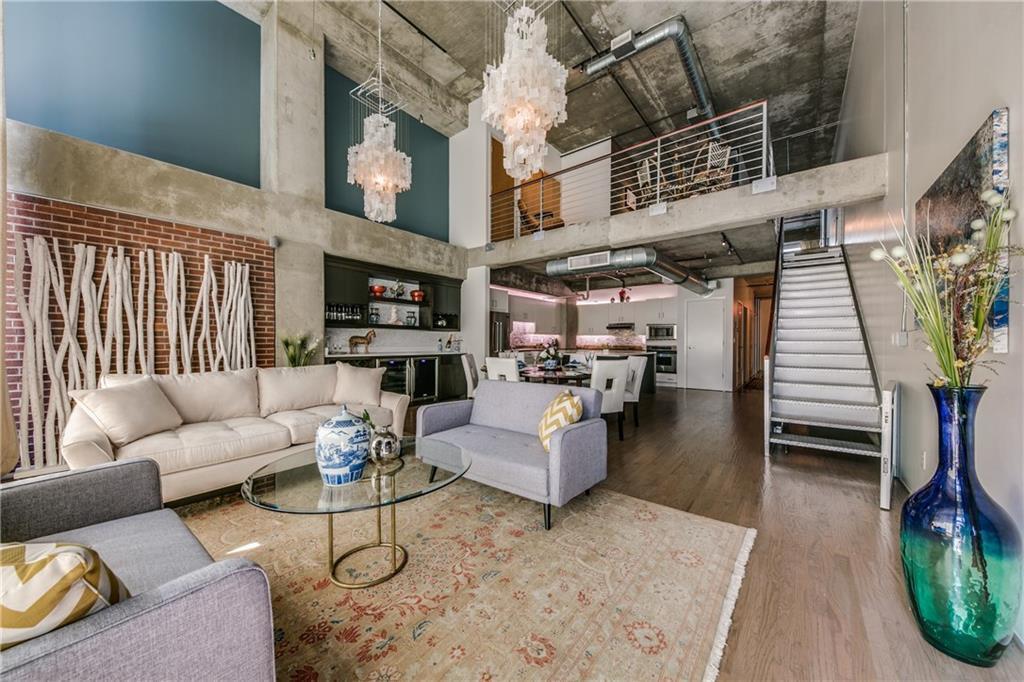 Sold Property   2011 Cedar Springs Road #104 Dallas, Texas 75201 4