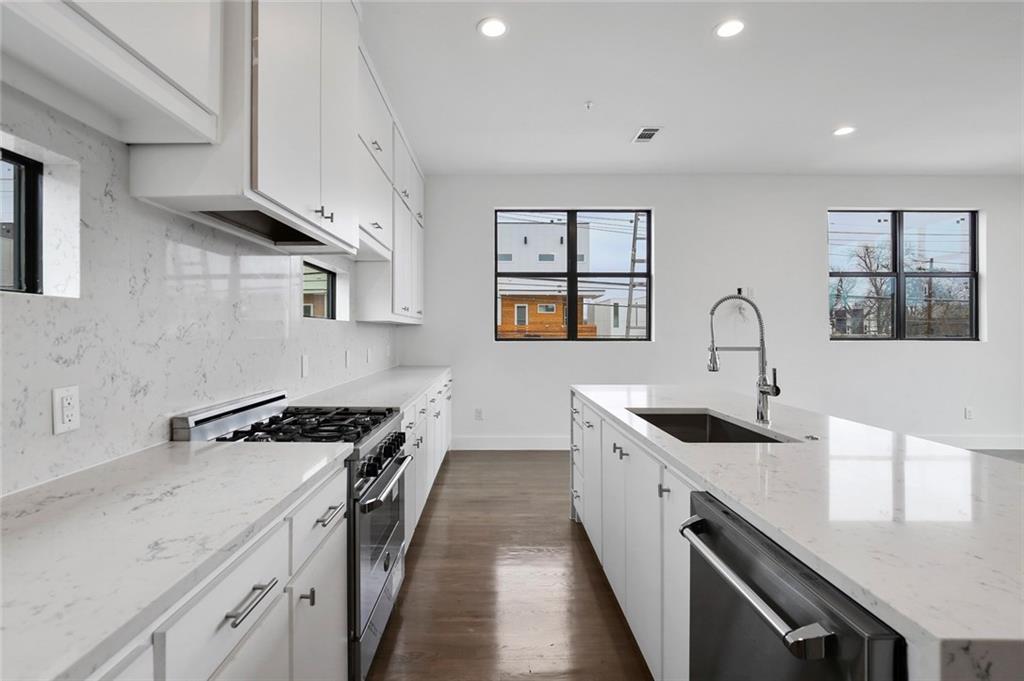 Sold Property | 2307 N Carroll Avenue #1 Dallas, Texas 75204 15