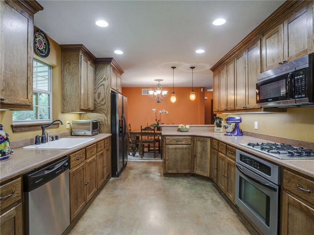 Sold Property | 8119 Barbaree Boulevard Dallas, Texas 75228 9