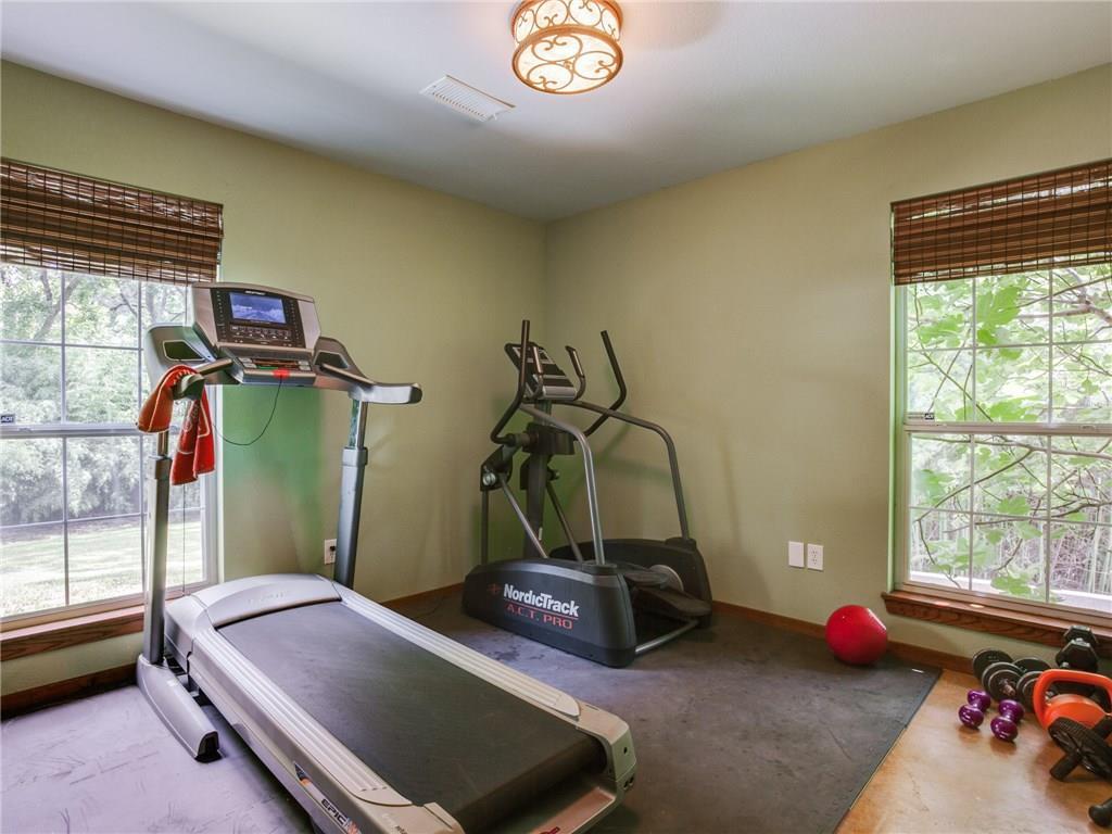 Sold Property | 8119 Barbaree Boulevard Dallas, Texas 75228 16