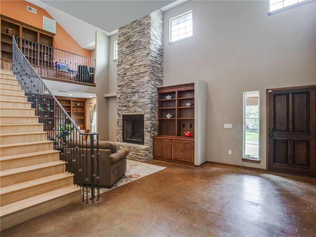 Sold Property | 8119 Barbaree Boulevard Dallas, Texas 75228 3