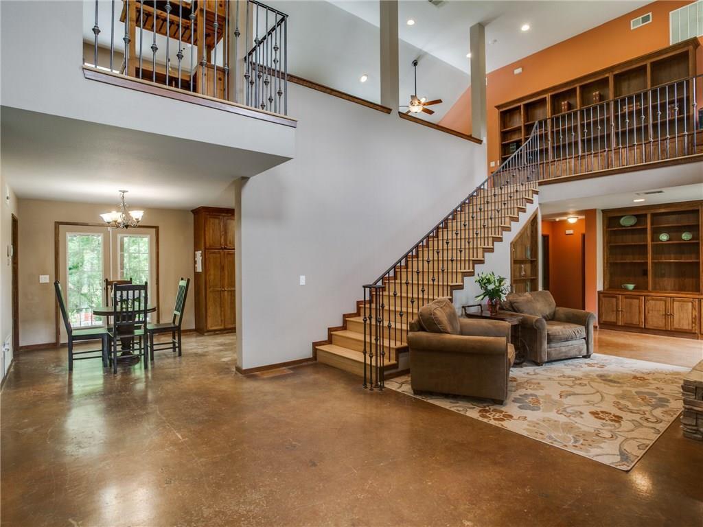 Sold Property | 8119 Barbaree Boulevard Dallas, Texas 75228 4