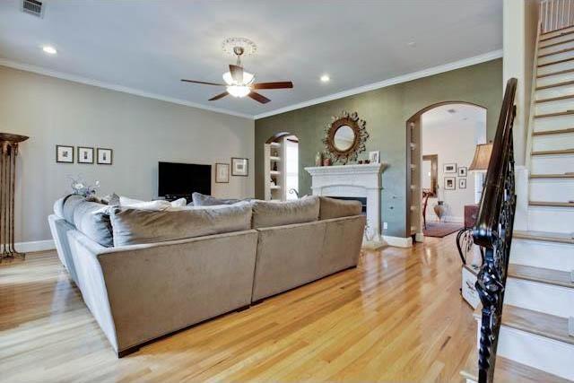 Sold Property | 5715 Llano Avenue Dallas, Texas 75206 1
