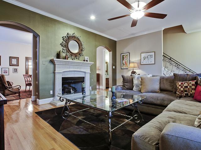 Sold Property | 5715 Llano Avenue Dallas, Texas 75206 2