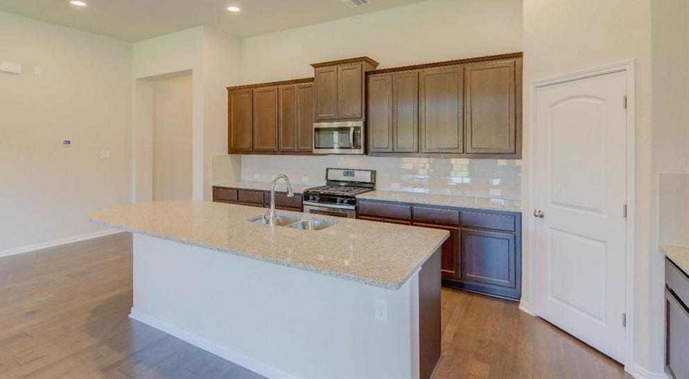 Pending | 8008 Arbor Knoll CT Lago Vista, TX 78645 12