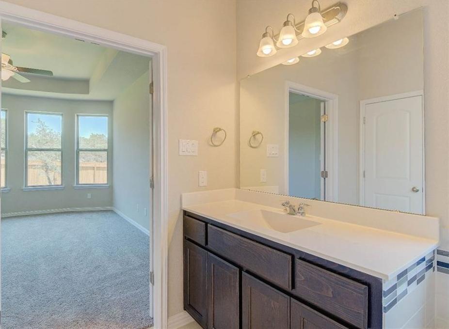 Pending | 8008 Arbor Knoll CT Lago Vista, TX 78645 25