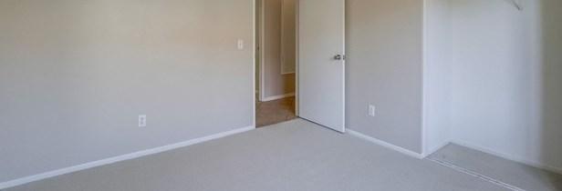 Closed | 13612 Infiniti Lane Fontana, CA 92335 37