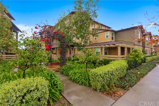 Closed | 417 S Glendora Avenue Glendora, CA 91741 1