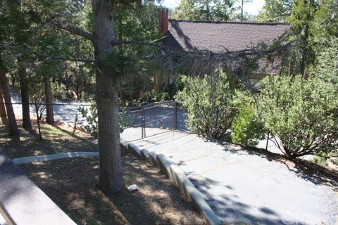 Closed | 486 Pyramid Drive Lake Arrowhead, CA 92352 3