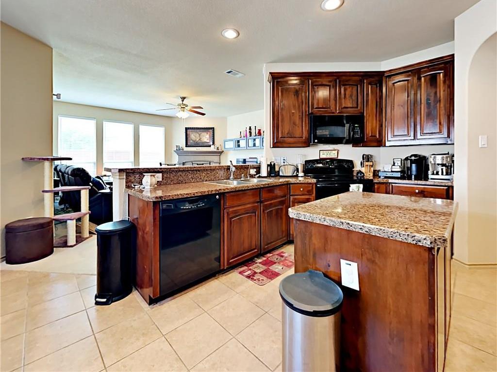 Sold Property   1426 Melanie Trail Midlothian, Texas 76065 6