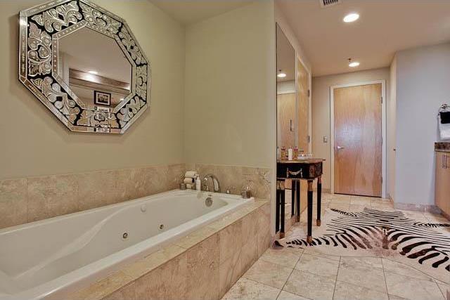 Sold Property | 1999 McKinney Avenue #604 Dallas, Texas 75201 18