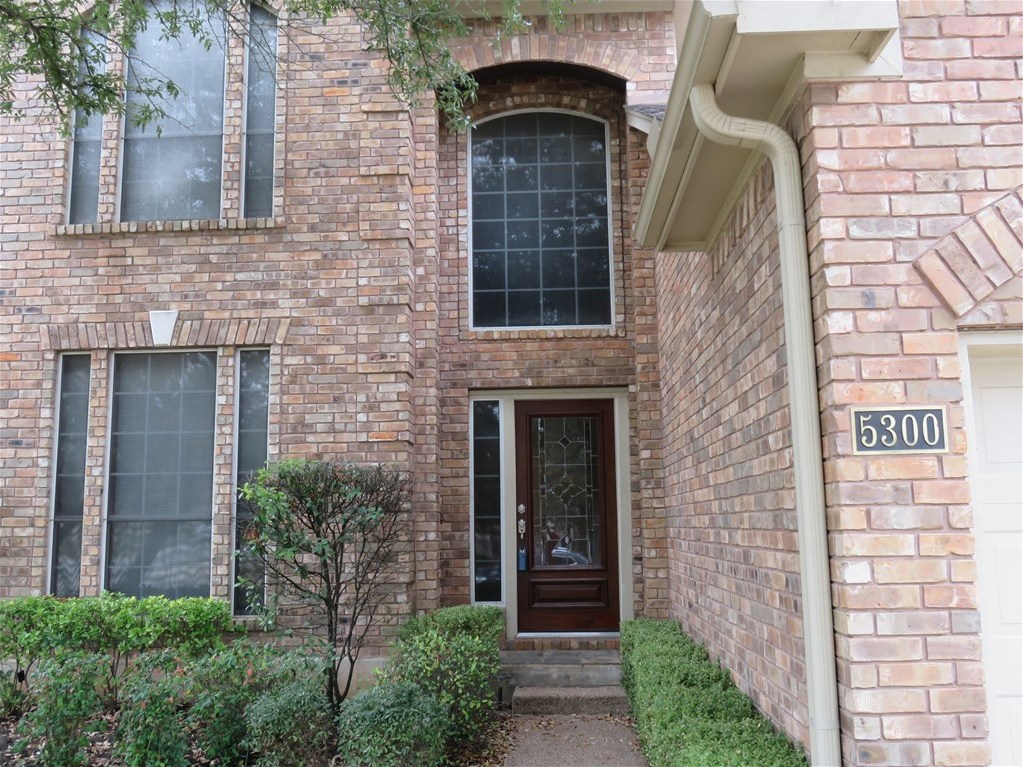 Leased | 5300 Anaconda LN Austin, TX 78730 1