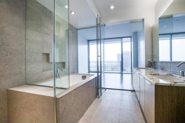 Sold Property | 2900 Mckinnon Street #704 Dallas, Texas 75201 11