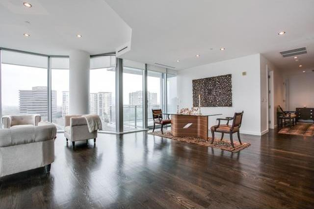 Sold Property | 2900 Mckinnon Street #704 Dallas, Texas 75201 2