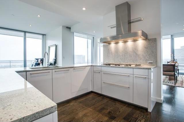 Sold Property | 2900 Mckinnon Street #704 Dallas, Texas 75201 5