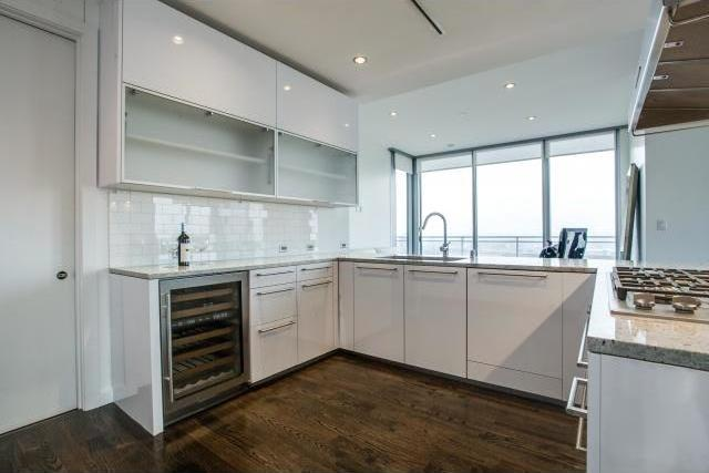 Sold Property | 2900 Mckinnon Street #704 Dallas, Texas 75201 7