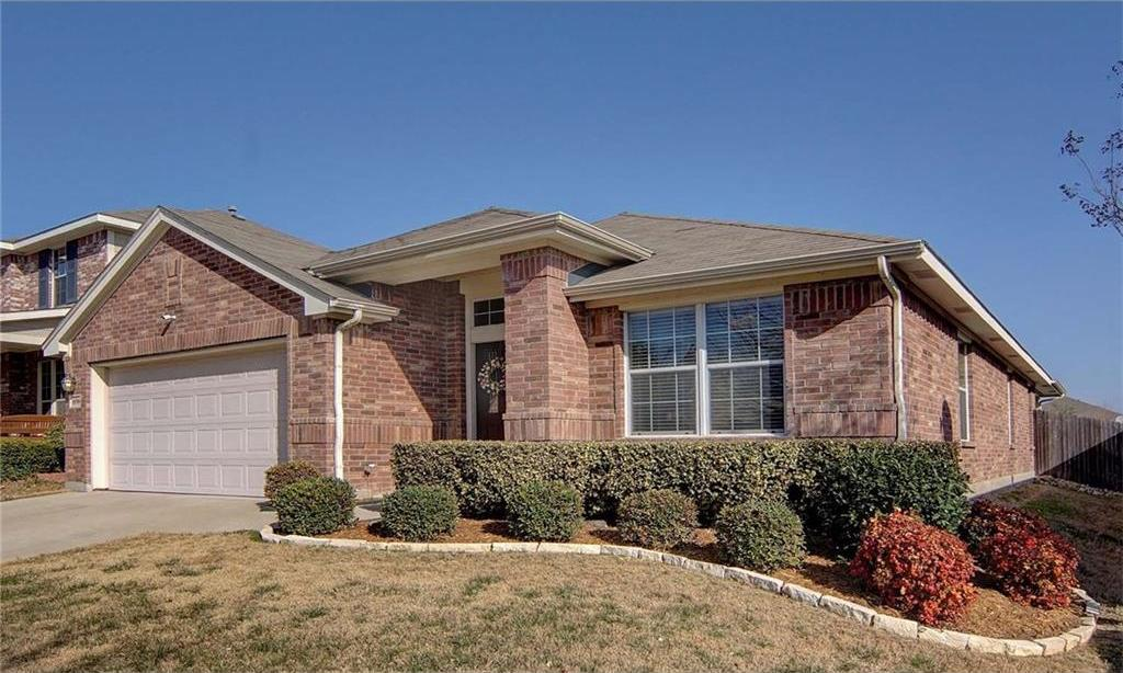Sold Property | 10708 Ambling Trail Fort Worth, Texas 76108 2