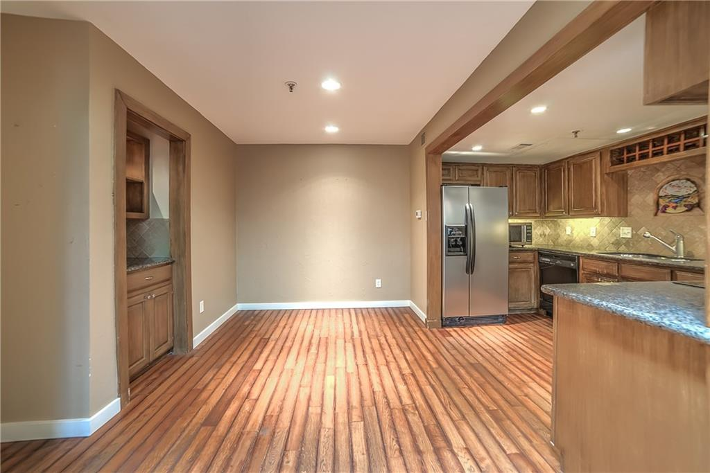 Leased   3906 Buena Vista Street #15A Dallas, Texas 75204 6