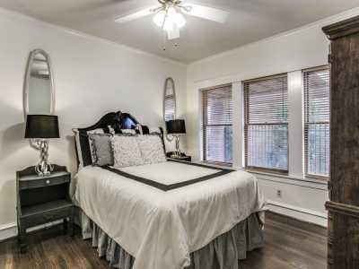 Sold Property | 711 Cordova Street Dallas, Texas 75223 20