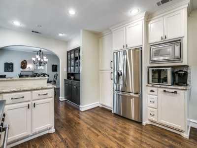 Sold Property | 711 Cordova Street Dallas, Texas 75223 10