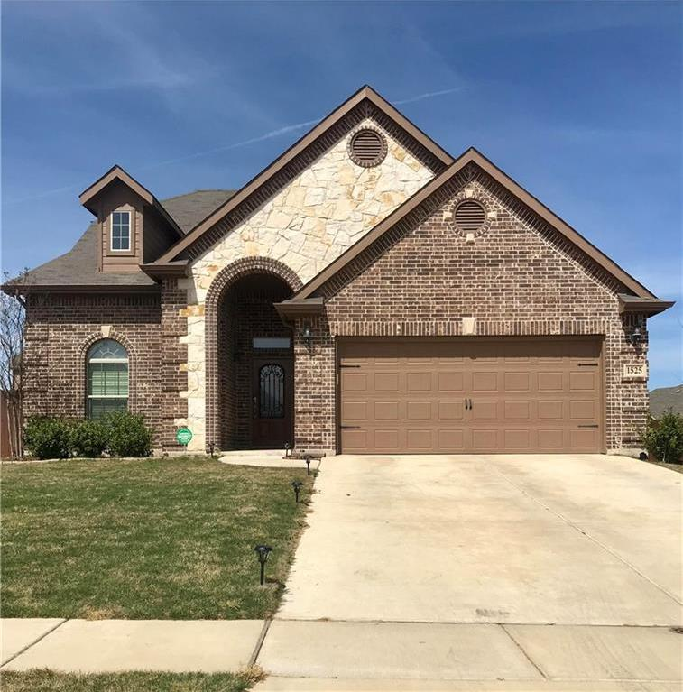 Sold Property | 1525 Summerwood Lane Cedar Hill, Texas 75104 1