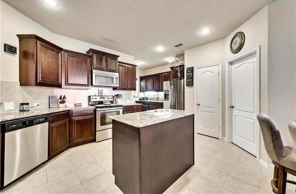 Sold Property | 1525 Summerwood Lane Cedar Hill, Texas 75104 7