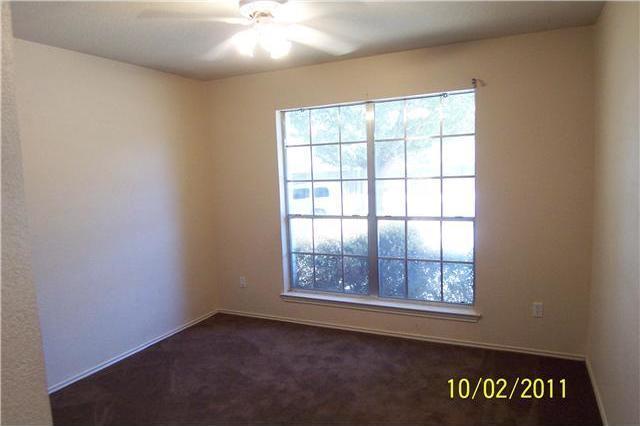Sold Property | 533 Shant Street Austin, TX 78748 3