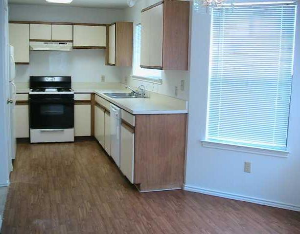 Sold Property   2108 Waterway BND Austin, TX 78728 3
