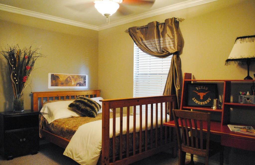 Sold Property   407 E 45th ST #112 Austin, TX 78751 10