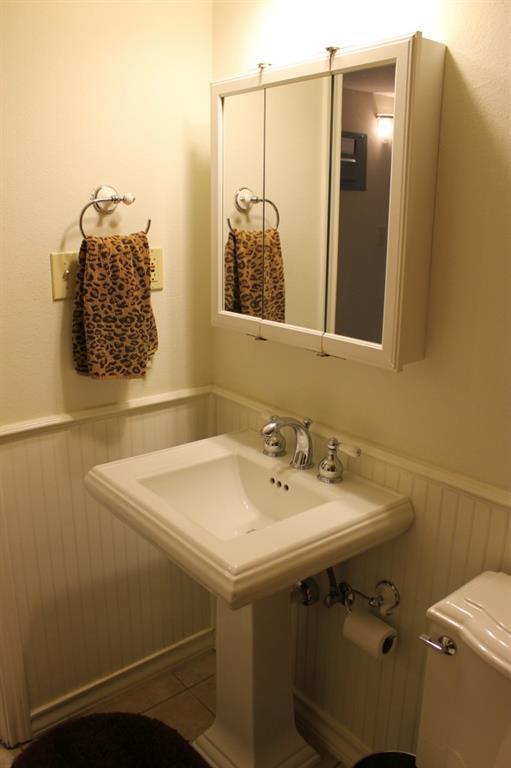 Sold Property   407 E 45th ST #112 Austin, TX 78751 14